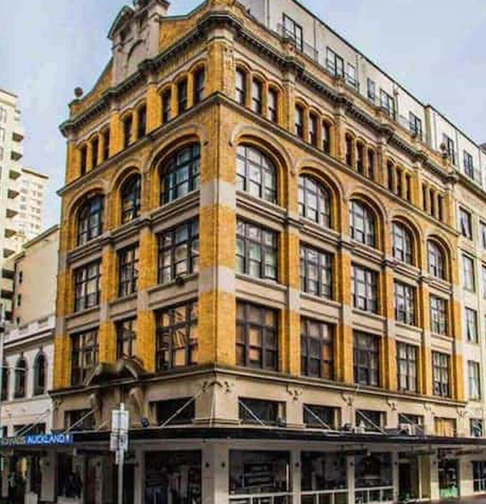 Nomads Hostel - Cheap Accommodation in Auckland