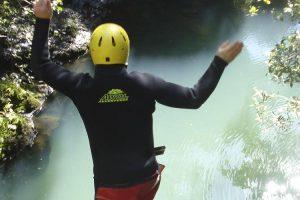 cb-visit-discover-top10-adventure2-abseil